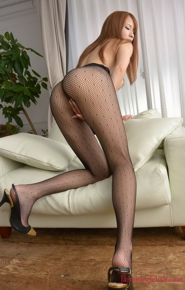 Aunts in pantyhose
